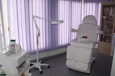 nagelstudios in schw bisch gm nd in vebidoobiz finden. Black Bedroom Furniture Sets. Home Design Ideas